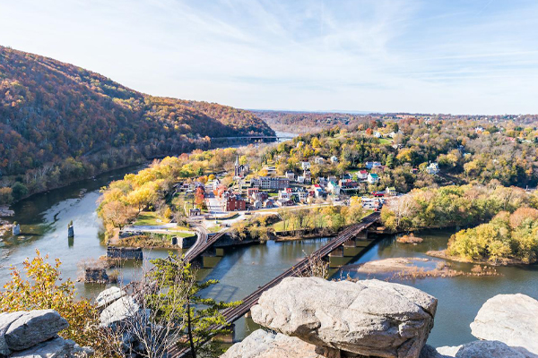 https://www.americanway.com/public/uploads/African-American-History-HarpersFerry-Credit-Getty-Images.jpg