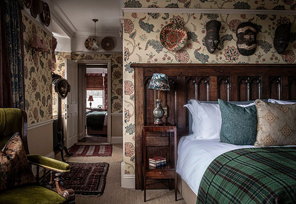 https://www.americanway.com/public/uploads/Best-Country-House-Hotels-Fife-Arms-courtesy.jpg