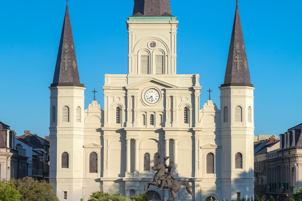 https://www.americanway.com/public/uploads/New-Orleans-Jackson-Square-Credit-Getty-Images.jpg